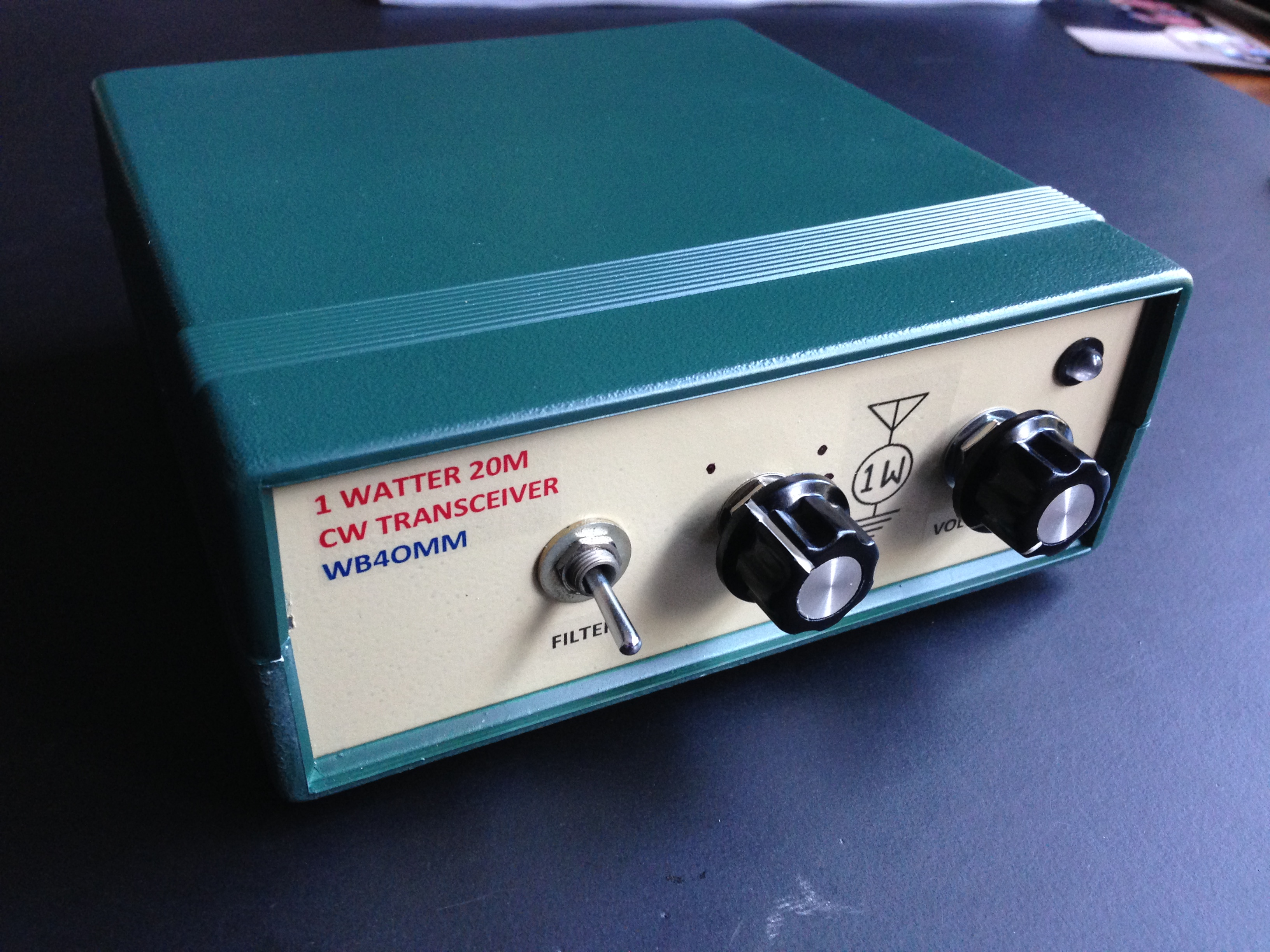 Amateur Radio Station Wb4omm: The 1 Watter 20M Gets A Case!